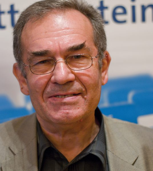 Gernot Czell